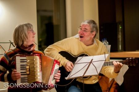 Jutta & Mario make a dynamic musical duo