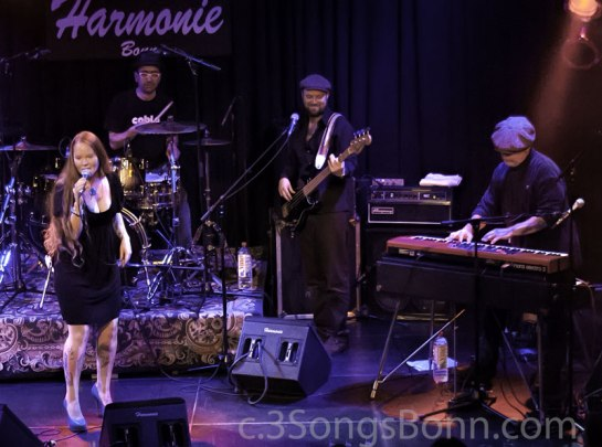 Layla and Henrik (on bass) at the Harmonie last year