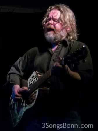 Man of steel (guitar) John Harrison