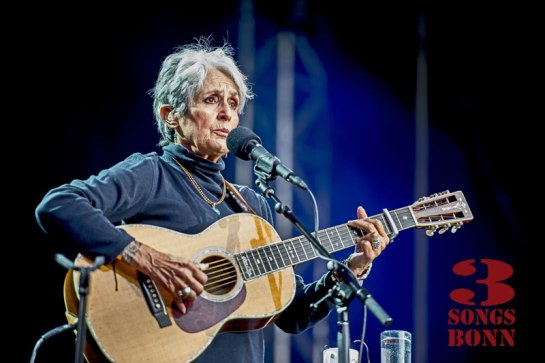 Joan_Baez-37-Edit