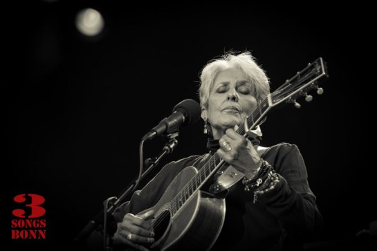 Joan_Baez-56-Edit_DeNoisePr