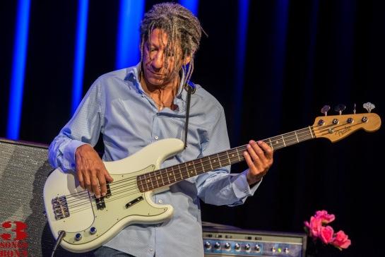 Veteran Cray bassman and co-writer Richard Cousins