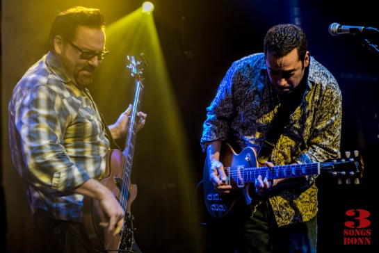 Campbell and Castiglia in the groove