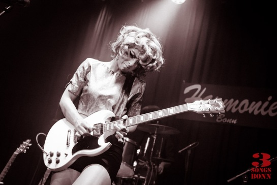 Samantha fish interview 3 songs bonn for Samantha fish chills and fever